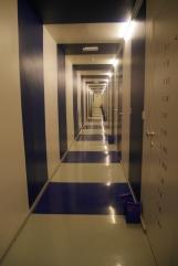 """Le couloir avec nos petits-dej """"ready to go"""""""